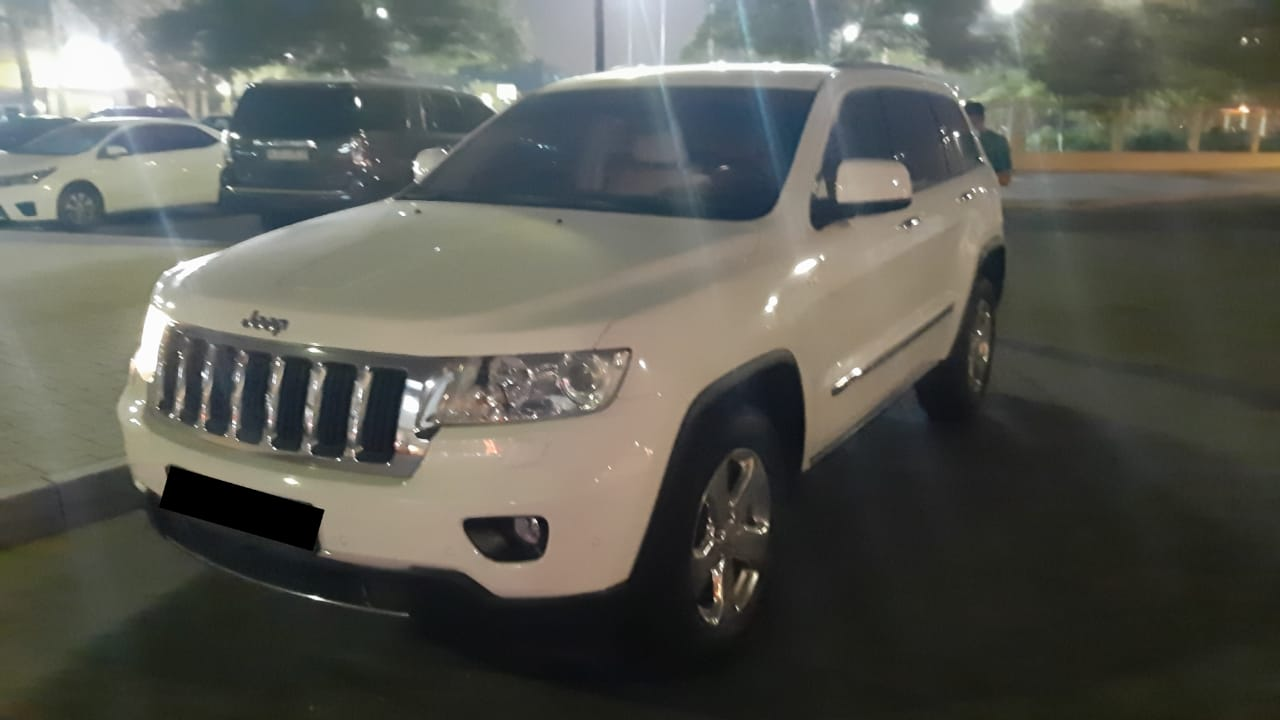 Used Jeep Grand Cherokee 3.6L Limited 2012 For Sale In Dubai