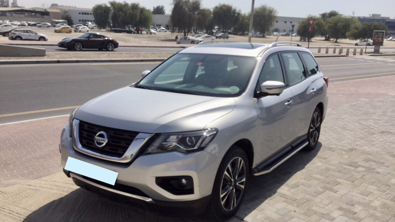 Used Nissan Pathfinder SL 4WD 2018 For Sale In Dubai