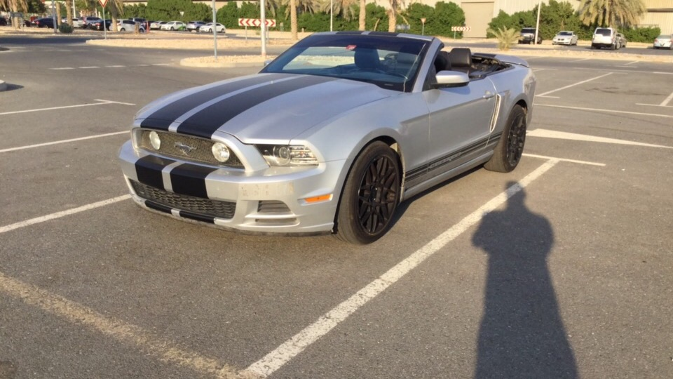 Used Ford Mustang Convertible 3.7L 2014 For Sale In Dubai
