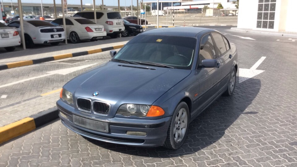 Used BMW 318i 2000 For Sale In Dubai